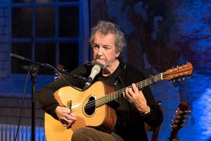Andy Irvine will play in Wexford Arts Centre on Saturday night