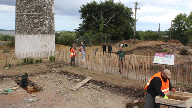 Students at the dig beside the Round Tower in Ferrycarrig