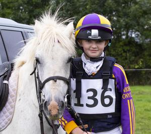 Jill Finn from the Wexford Hunt branch with 'Cloudy Girl'