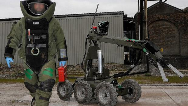 File picture of Army Bomb Disposal Unit.