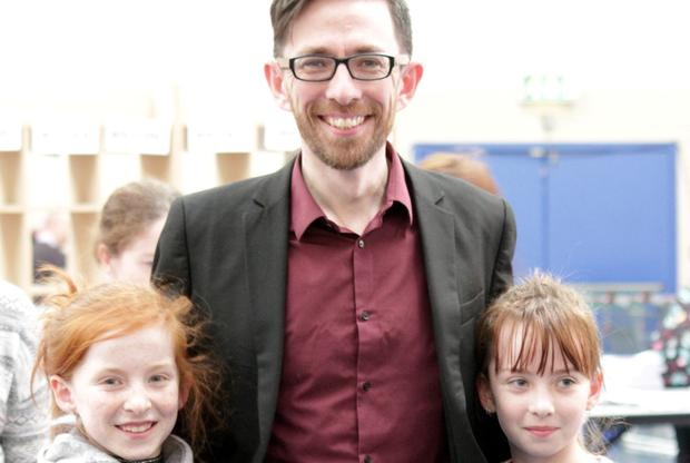 Leonard Kelly with his daughters Eliza and Juliet at the count.