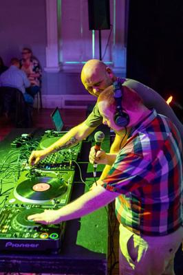DJ Ronan Buggy gets some help at Vibes 2019.