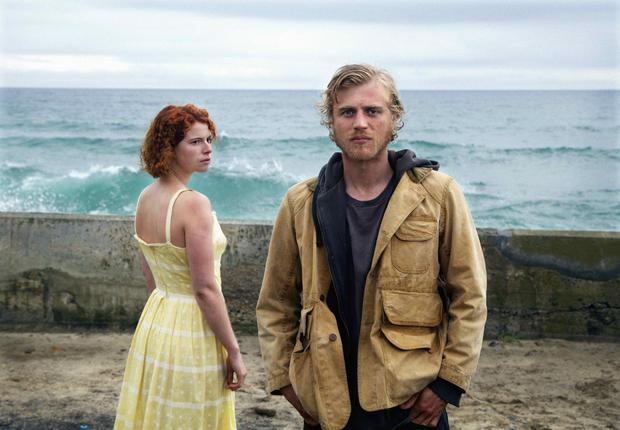 Jessie Buckley as Moll and Johnny Flynn as Pascal in Beast