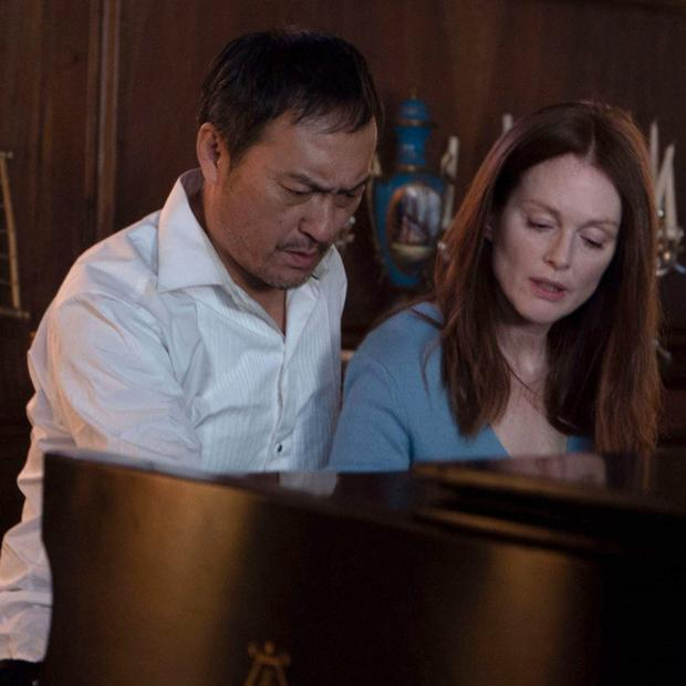 Ken Watanabe and Julianne Moore in Bel Canto