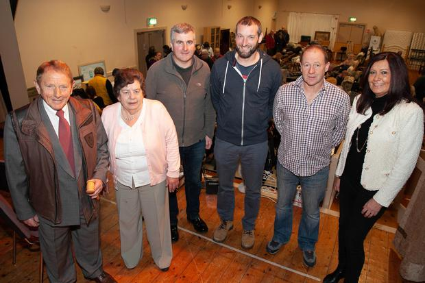Auctioneer Leslie Bradshaw with Glenealy Fundraising Committee members Cathrine Driver, Liam Byrne, Noel Armstrong, Thomas Cooney and Mary Weir at the recent auction in Glenealy Village Hall