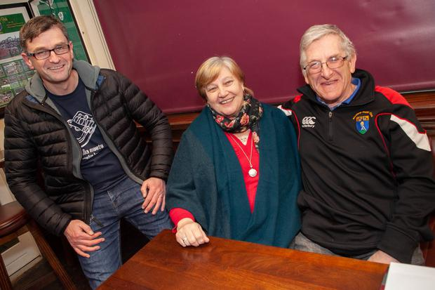 John McGauley with Angela and Edward Nolan taking part in the table quiz fundraiser at Wicklow Rugby Club.