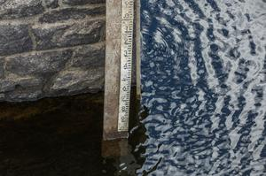 Water levels continue to fall despite recent rainfall