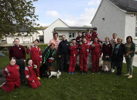 The Sacred Heart NS green team with members of Wicklow County Council and Aughrim Tidy Towns at the talk on dog awareness and littering