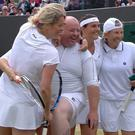 Chris Quinn with Kim Clijsters, Rennae Stubbs, Conchita Martinez and Andrea Jaeger