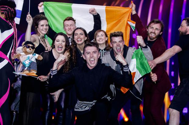 Mark 'Cappy' Caplice (right) celebrating with Ryan O'Shaughnessy and the rest of the Irish delegation after they qualified for the final