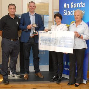 Jeremy Butler, Dave O'Donovan, Mick Hall (Captain of winning side), Noelle Ryan (Chairperson OCF), Siobhan Corrigan, James Quirke