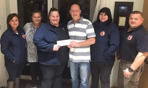 Anthony and Arlette Doyle making a presentation to the Arklow Community First Responders. From left: Denise Guilfoyle, Arlette Doyle, Vicky O'Leary, Anthony Doyle, Bernie Breen and Liam Wolohan