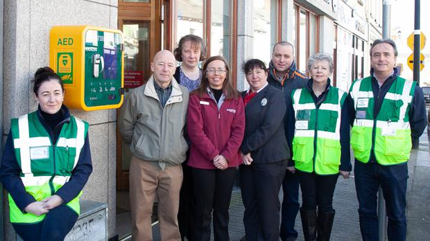 Niamh OToole from Wicklow Town First Responders, Tom Hanlon and Jenifer Bergin from Wicklow and District Credit Union, Jacqueline Kerr from Super Valu, Lorraine McDonald and Justin Doran from Tesco and first responders Amanda OSullivan and Liam Clarke at the unveiling of the public access defibrilator at Wicklow and District Credit Union on Tuesday morning