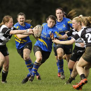 Rathdrum's Nessa Clisman drives into the Thurles defence
