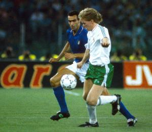 Steve Staunton in action against Guiseppe Bergomi of Italy during the FIFA World Cup 1990 quarter-final at the Stadio Olimpico