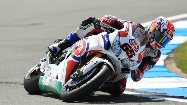Jonathan Rea has opened up a 30-point lead at the top of the Superbike World Championship