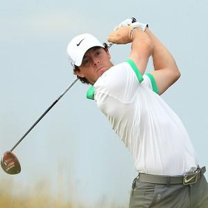 Rory McIlroy holds a one-shot lead at the Omega Dubai Desert Classic