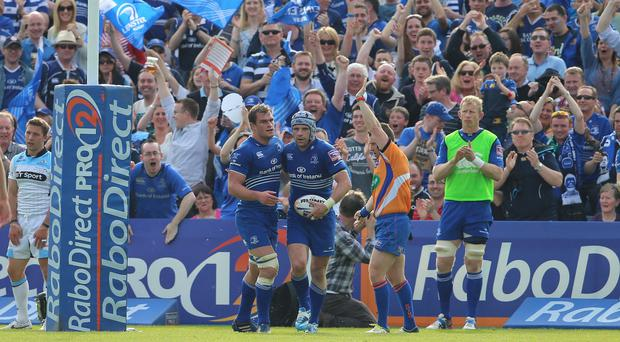 Shane Jennings celebrates his try in Leinster's victory