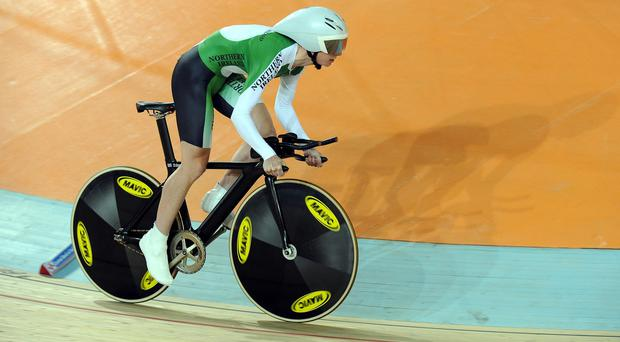 Northern Ireland's Wendy Houvenaghel has retired after being ruled out of the Commonwealth Games through injury