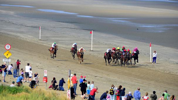 Sunshine and sand at Laytown as Mr Bounty wins