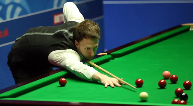 Judd Trump is in trouble at the Crucible