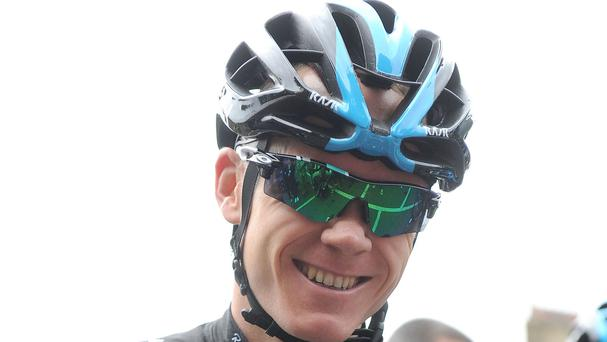 Chris Froome avoided a crash during the Criterium du Dauphine