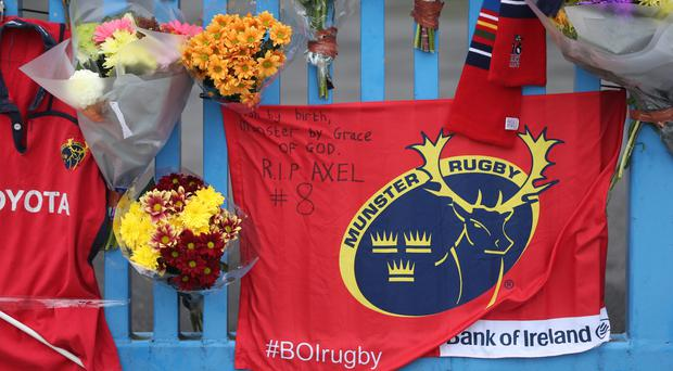 The rugby world has paid tribute to Munster's head coach Anthony Foley, who has died at the age of 42