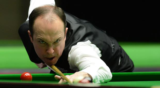 Fergal O'Brien, pictured, defeated defending champion Robin Hull