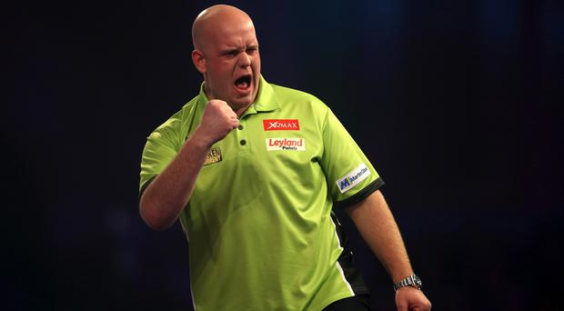 Michael van Gerwen opened up a two-point cushion at the top of the table