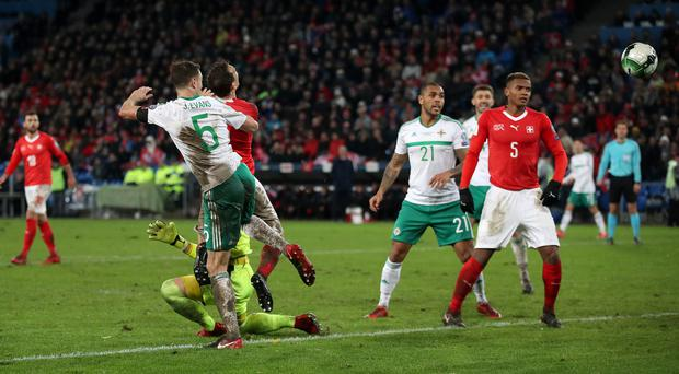 Jonny Evans' late header was cleared off the line as Northern Ireland came up short