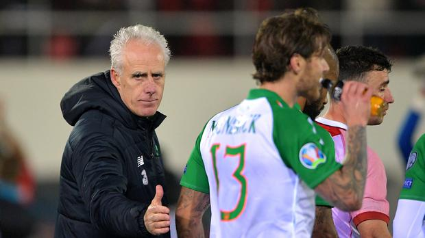 Republic of Ireland manager Mick McCarthy and match-winner Jeff Hendrick (Simon Galloway/PA)