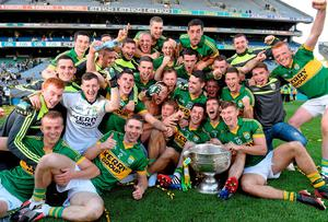 Kerry players celebrate with the Sam Maguire cup. GAA Football All Ireland Senior Championship Final, Kerry v Donegal. Croke Park, Dublin
