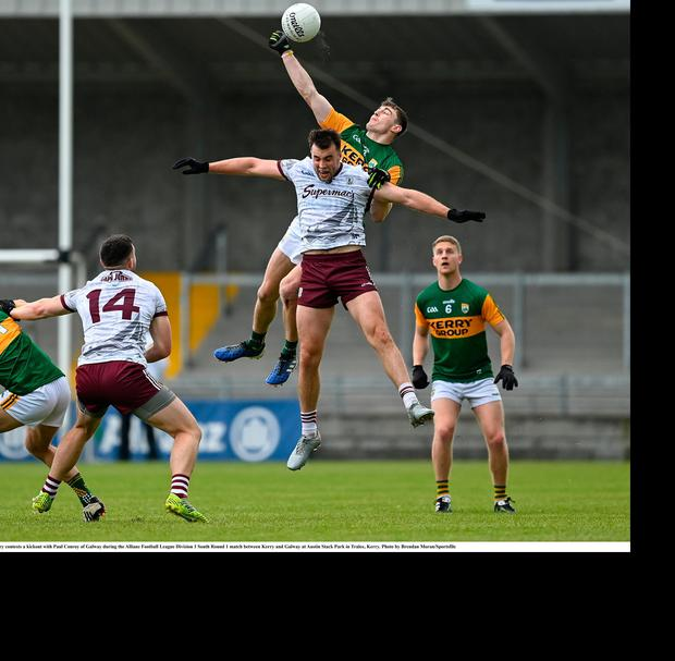 Kerry's Diarmuid O'Connor contests a kick-out with Galway's Paul Conroy. Photo: Brendan Moran/Sportsfile