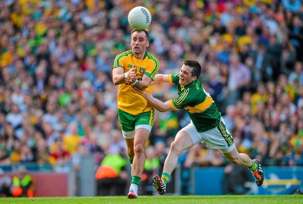 Karl Lacey, Donegal, in action against Paul Murphy, Kerry