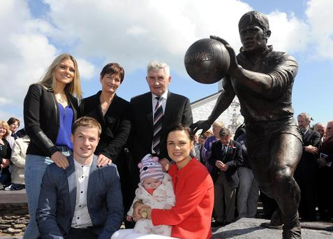 Páidí Ó Sé's family, Neasa, Siun, Maire and Padraig Óg with Mick O'Dwyer at the unveiling ceremony at Ard an Bothair, Ventry, Co Kerry