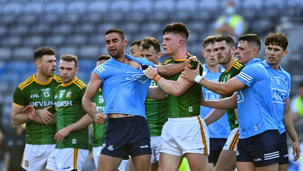James McCarthy of Dublin tangles with Meath's Thomas O'Reilly during the Leinster football semi-final at Croke Park. Photo: Eóin Noonan/Sportsfile