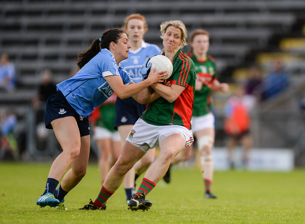27 August 2016; Cora Staunton of Mayo in action against Sinéad Goldrick of Dublin during the TG4 Ladies Football All-Ireland Senior Championship Semi-Final game between Dublin and Mayo at Kingspan Breffni Park in Cavan. Photo by Piaras Ó Mídheach/Sportsfil