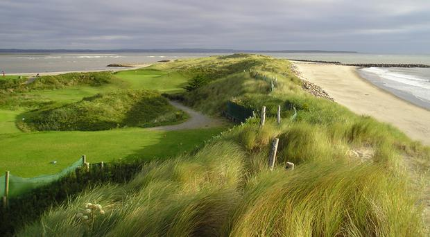 Rosslare Golf Club is only a 10-minute walk from Kelly's Resort Hotel