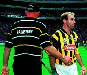 18 August 2002; Kilkenny manager Brian Cody has a word with D.J. Carey prior to the start of the match. Kilkenny v Tipperary, All Ireland Hurling Semi - Final, Croke Park, Dublin. Picture credit; Pat Murphy / SPORTSFILE