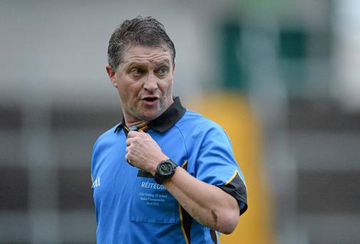 Referee, Barry Kelly.