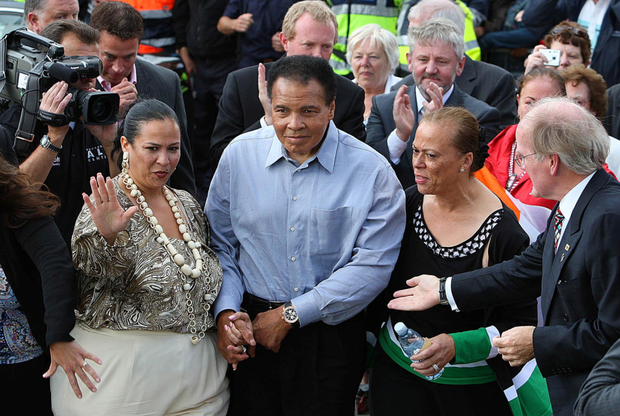 Muhammad Ali with his wife Lonnie Ali (right) in Ennis, Co Clare, during his visit to the town in 2009, where a plaque was unveiled on the Turnpike Road as he was honoured as the first Freeman of the town Photo: Julien Behal/PA Wire