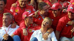 Michael Schumacher and his wife Corinna with the victorious Ferrari F1 team in Hungary in 2001. Photo: Pierre Verdy/Getty