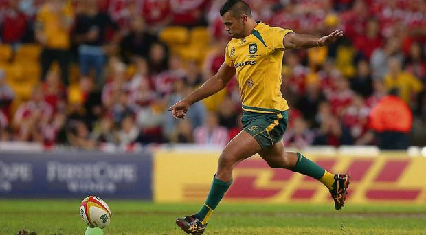 Our sequence of pictures shows Kurtley Beale running up to take Australia's last-minute penalty before slipping just as he was about to kick the ball