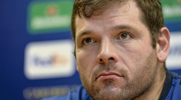 Leinster's Mike Ross has signed a one-year extension to his current deal