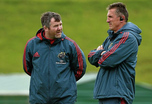 Anthony Foley and Rob Penney in conversation during Munster's training session