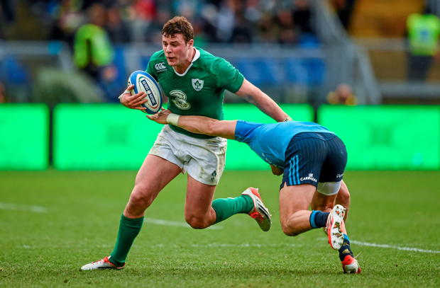 Robbie Henshaw in action for Ireland against Italy