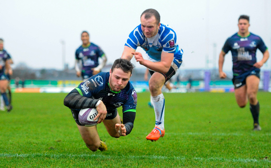 Robbie Henshaw scores his side's fifth try against Enisei-STM