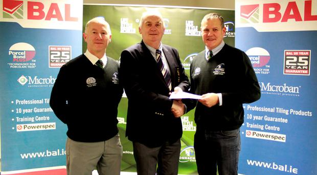 Damian Eames and Mossy Moran of the ARCB with Paul Cronin of Ardex