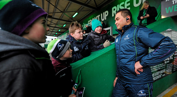 Connacht head coach Pat Lam talks tactic with young Connacht supporters