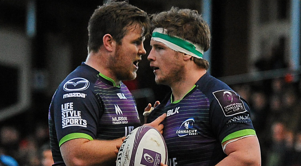 Connacht's Conan O'Donnell (left) and Jason Harris-Wright in discussion before a lineout. Photo: Seb Daly/Sportsfile